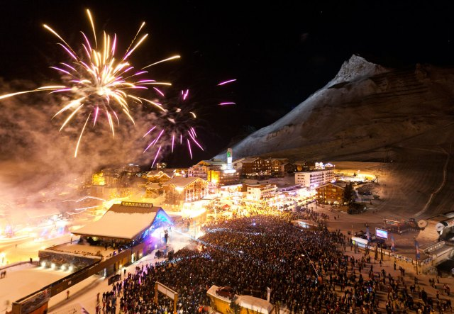 Tignes new year Tignes-by-Fond-Ecran-Image-courtesy-of-www.Tignes.net_