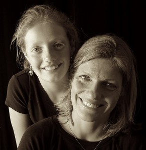 Breast cancer mother and daughter 432524737_bcbd224cd8_z