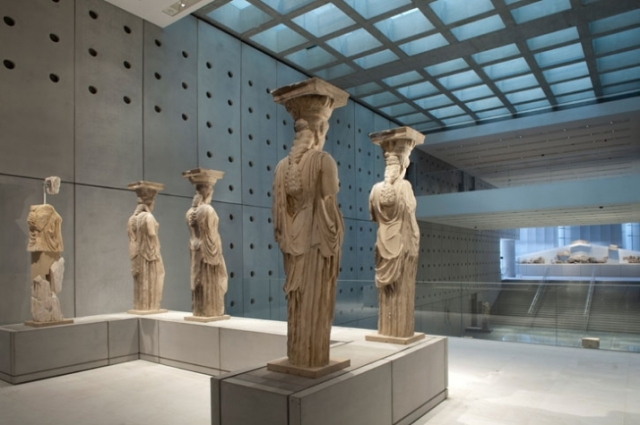 Acropolis museum inside the-new-acropolis-museum-at-yatzer_13
