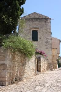 Crete Vamos 8