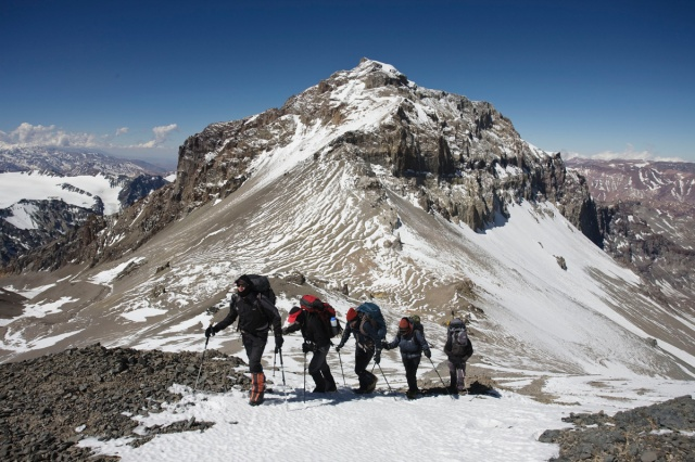 Argentina experiences Aconcagua hiking