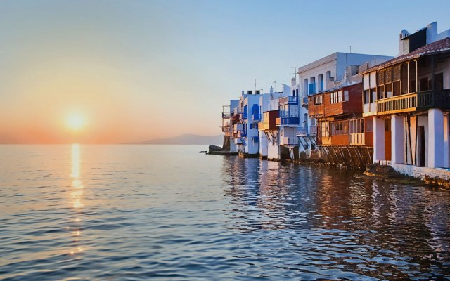 Movies in Greece Little-Venice-Mykonos-Greece-house_1920x1200_DxOo1